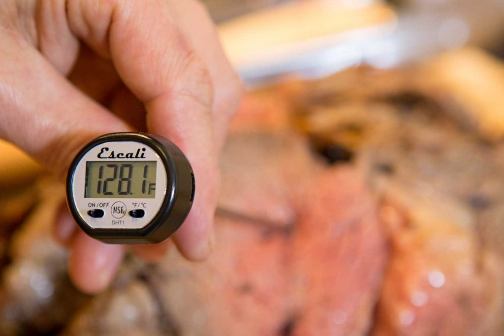 Always place the tip of the probe into the thickest portion of meat.